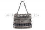 Túi xách Chanel màu xám