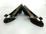 S Giày Ferragamo màu đen size 7 C