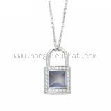 S Vòng cổ Louis Vuitton Lockit thạch anh kim cương